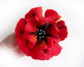 "A felt brooch ""Red poppy"""