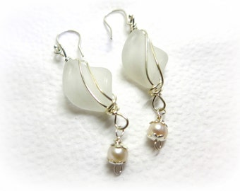 Art Deco Style Frosted Twist Freshwater Pearl and Sterling Silver Wire Wrapped Drop Earrings 925 Sterling Silver Cocktail, Wedding, Casual