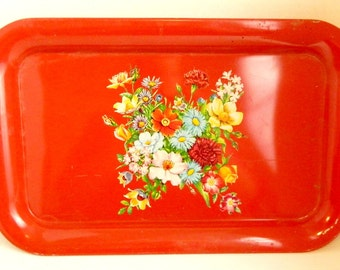 """Vintage Red Painted Tray with floral Decal Rectangle Serving Tray Metal Wall Art Memo Board  14.5"""" x  9"""" x 1.5"""""""