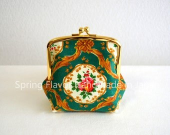 SALE Vintage victorian floral frame purse in green - small cosmetic pouch, clasp purse