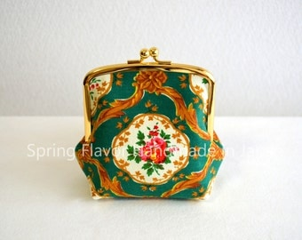 Limited: Vintage victorian floral frame purse in green - small cosmetic pouch, clasp purse