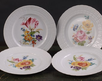 Hutschenreuther, Set of 4 Hand Painted Floral Dessert Plates, Germany