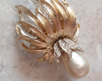 Baroque Pearl Pin Brooch Signed ART Crystal Rhinestone Gold Tone Statement Floral Vintage 042315RV