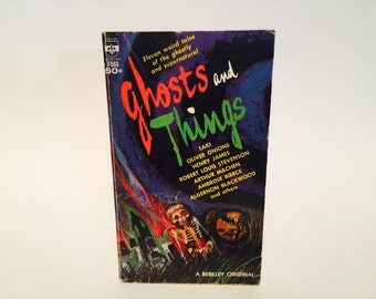 Vintage Horror Book Ghosts and Things 1969 Paperback Anthology