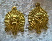Vintage Sun Drops, Pendants, 3 to 1 Connectors, Raw Unplated Cast Stamped Brass Jewelry Findings, Made in Peru, 16mm, 2 pcs. (1 pair)