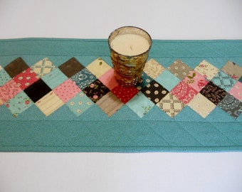 Quilted Table Runner, Quilted Table Topper, Teal Table Quilt, Dresser Scarf, Vintage Style, Floral Table Runner