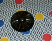 Neat Large Vintage 1950s Brown Coat Button Flower Design, 1 3/4 Inch Diameter