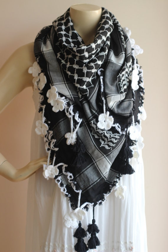 how to wear keffiyeh scarf