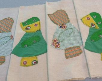 4 Large Sun Bonnet Sue Squares - Feedsack Muslin and Fabrics - 18 X 18 - NC