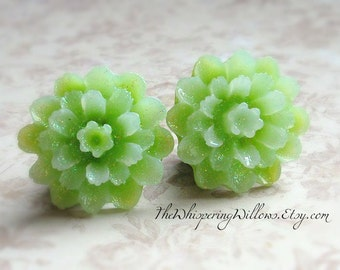 Sparkling Green Flower Plugs for Gauged Ears Sizes 3/4 Inch, 5/8 Inch, 9/16 Inch, 1/2 Inch, 12mm, 14mm, 15mm, 18mm, One (1) Pair