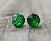 Titanium  Earrings, Emerald Green Glitter Jewel, 10 mm, Hypoallergenic