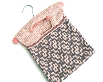Pink Wash bag , hand knit cotton peg bag , half price , clearance sale
