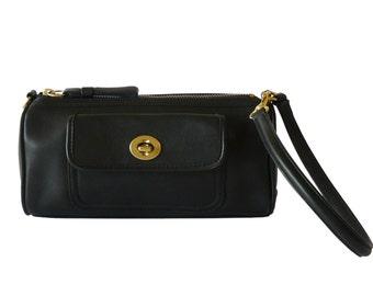 Authentic Coach Black Leather Wristlet Handbag Baguette Handbag