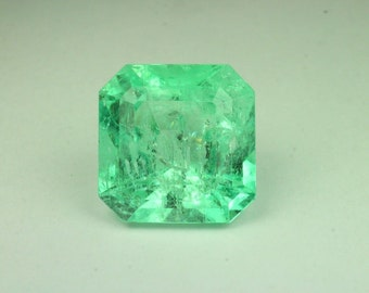 Gleaming! 24.20cts Loose Natural Colombian Emerald ~ Emerald Cut