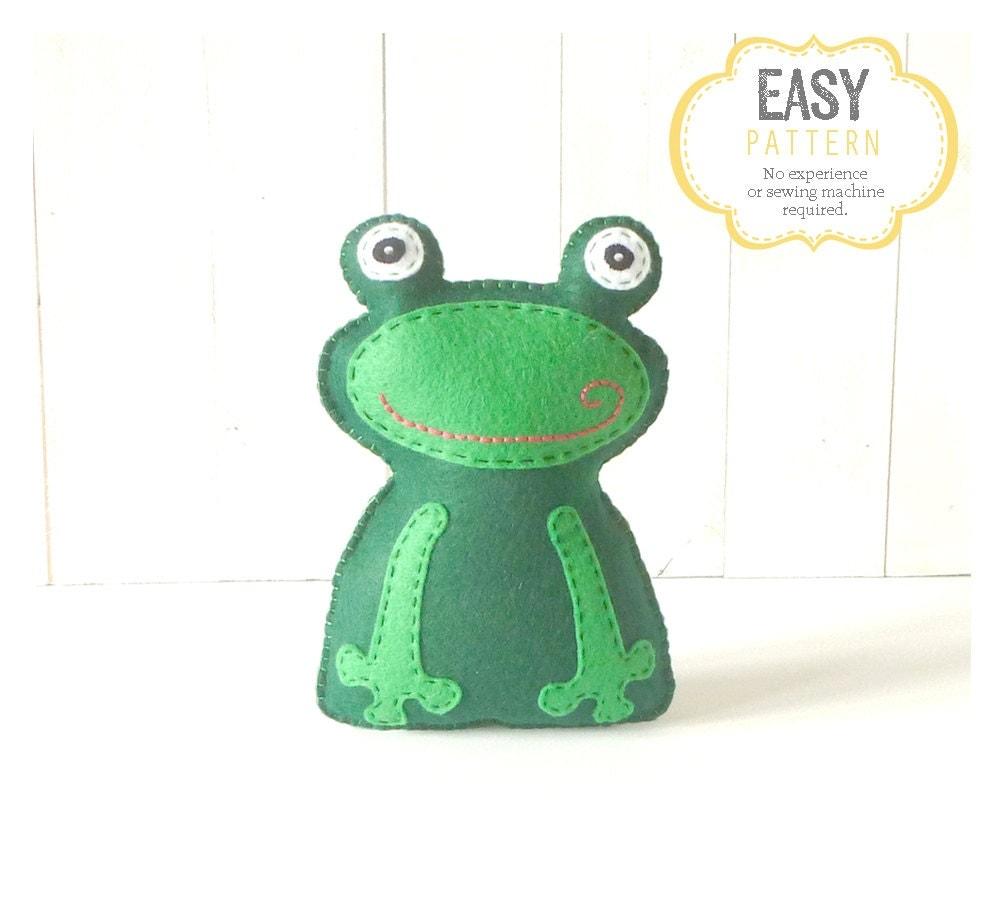 frog sewing pattern frog stuffed animal hand sewing pattern. Black Bedroom Furniture Sets. Home Design Ideas