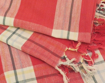 Vintage 70s 80s Cotton White and Red Checkered Small Table Picnic Tablecloth