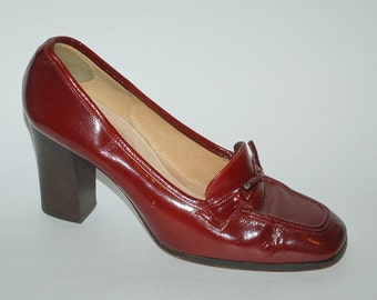 Vintage Italian leather court shoes