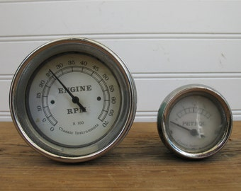 Classic Instruments RPM Gauge and Petrol Gauge - Robins Egg Blue