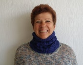 Nice cool cotton infinity handknitted / cowl / scarf / shawl with leave pattern