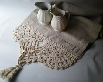 Stunning Vintage Antique Linen Table Topper or Runner