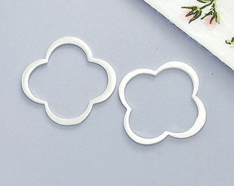 4 of 925 Sterling Silver Clover Links, Connectors 17mm. Brushed Finish. :tk0023
