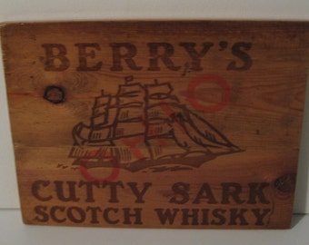 Vintage Berry's Cutty Sark Scotch Whiskey Wall Plaque