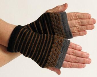 Fingerless Gloves, Wrist Warmers, Black and Brown Merino Wool