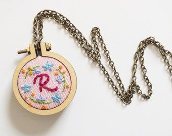 Hand embroidered necklace, Initial necklace, Monogram necklace, personalized embroidery pendant, embroidered jewelry, gift idea for her