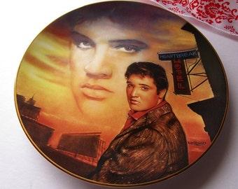Vintage 'Elvis Presley' porcelain collector plate!