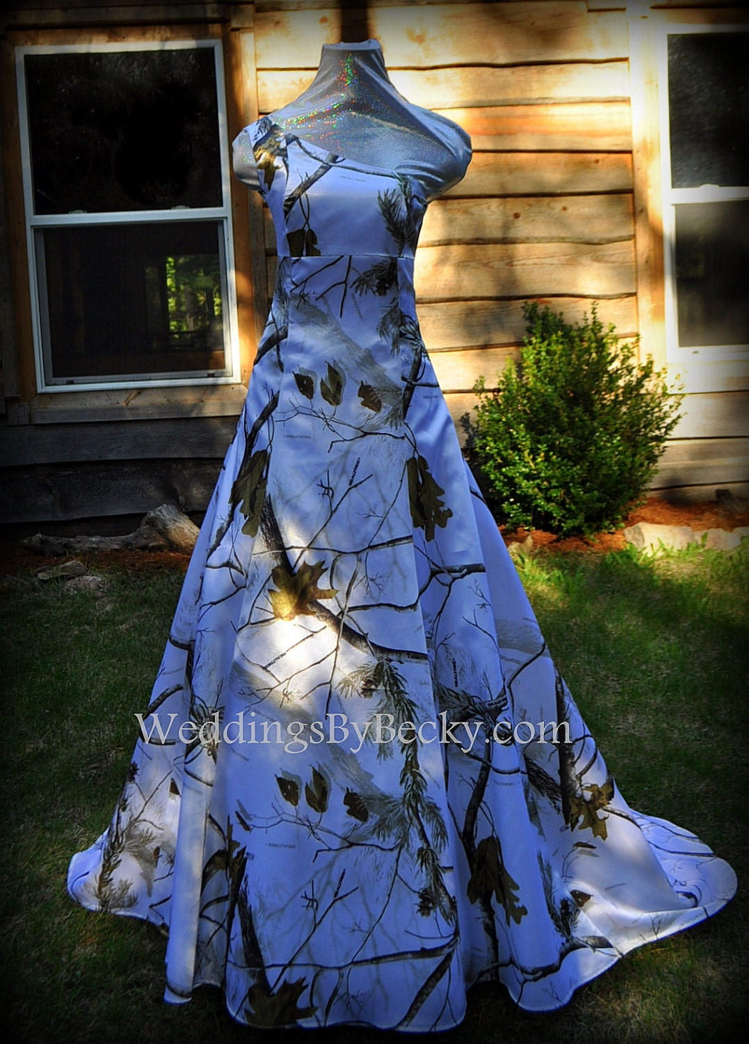 Realtree snow camo wedding dress 39 abigail 39 made only in for Snow camo wedding dresses
