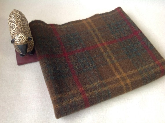 Khaki Plaid, Wool for Rug Hooking and Applique, Select-a-Size, J930, Khaki Green, Khaki Brown, Mill Dyed Wool Fabric