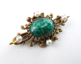 Vintage Marble Dark Green Cabochon Filigree Brooch Faux Seed Pearl Gold Tone Oval Pin Ornate Art Nouveau Mid Century Fancy Villacollezione