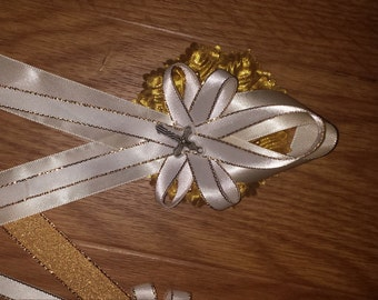 25 religious   capias  pin ons christening, baptism, communion, memorial ,funeral