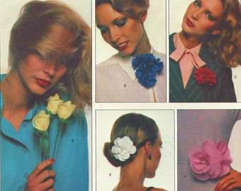 1970s Fabric Flowers Rose, Rosebud, Carnation, Cornflower and Gardenia Vogue Sewing Pattern 1633 UnCut Vintage Craft Patterns