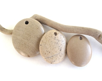 Beach Pebble Beads  Rock Pendants Mediterranean Beach Stone River Stone Jewelry Making Supplies Natural Stone Pendants Green SMOOTH TRIO