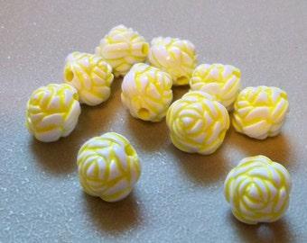 Flower Beads-Yellow & White-14mm-10 PCS.