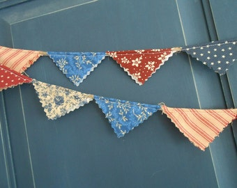 4th of July  Banner / Patriotic Mini- Banner/  Labor Day  / Party Garland/ Photo Prop in Vintage Red, White and Blue