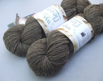 British Bluefaced Leicester Lustre Double Knit. Natural Milk Chocolate.