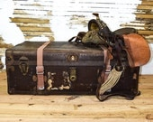 Nicely Preserved 1900s Rustic Vintage Wood and Metal Steam Trunk With Working Lock & Key -- Please Convo Us For A Shipping Quote