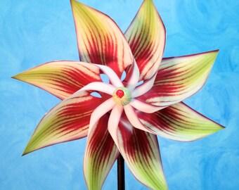 Hippeastrum Flower Pinwheel Spinner Whirligig Windmill Fan