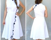 1950s white and blue summer day dress- 50s pinup cotton wrap dress- medium