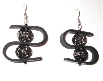 Upcycled Recycled / Inner Tube / Salvaged Beads / Earrings / Black / Silver