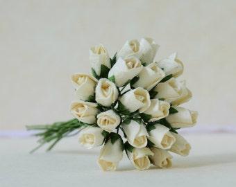 15  mm  20  Cream Paper  Rose Buds