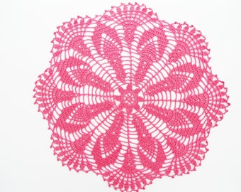 "Pink crochet doily, lace doily, centerpiece, round tablecloth, 14 """