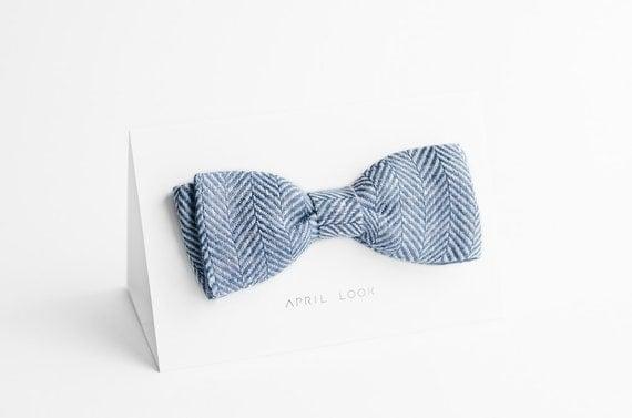 Men's bow tie in grey blue, chevron bow tie