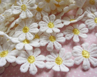 """1Y 1"""" DAISY Lace Trim Floral Embroidered Trim-Yellow V028"""