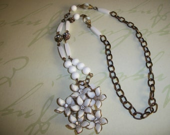 Upcycled White Flower Rhinestone Brooch Necklace-Vintage Rhinestone White Flower Necklace-White Necklace-White Milk Glass Necklace