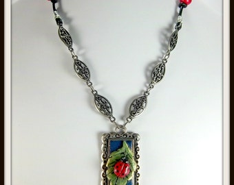 Lady Bug Necklace, Polymer Clay Lady Bug on Leaf, Pewer Look Bezel, Red, Blue, Green, OOAK Necklace