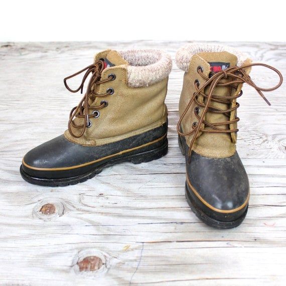 Beautiful Rain Or Shine, Spring Or Fall, Youll Be Comfortable And Wellequipped With Clothing Worthy Of Hitting Your Yard! Made By Women For Women  Youll Be With Our Surefire Selection Of Shoes And Boots! Slip On Resilient Resin Shoes That Are