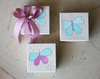 Party Favors - Baptism Favors - Baptism Gifts - Baby Shower Gift Box - Christening - Baptism Hand painted favors' box - Butterflies